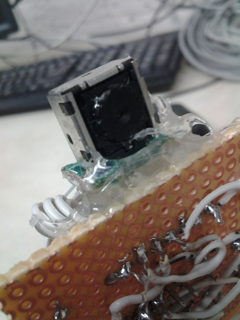 All dat hot glue, all dat ribbon cable